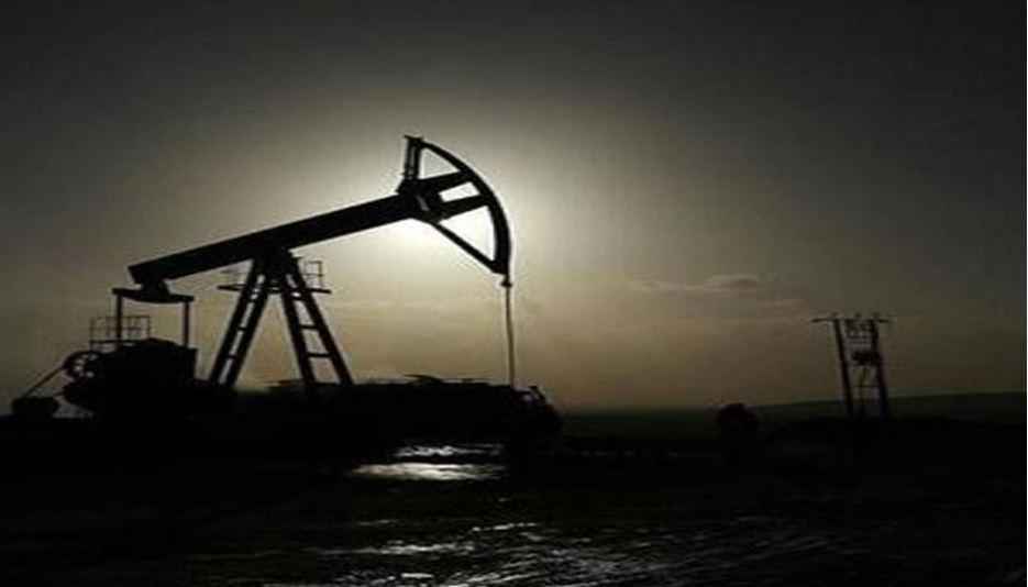 کابوس نوع جدید ویروس کرونا قیمت نفت را کاهش داد