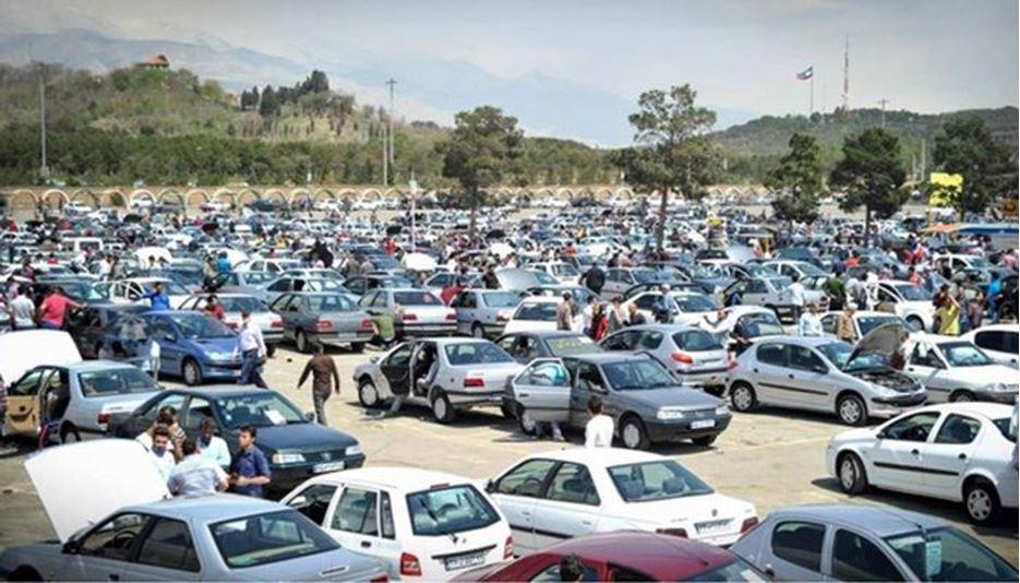 بازار خودرو در رکود کامل است
